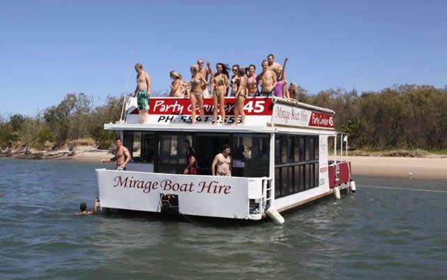45′ Party Cruiser